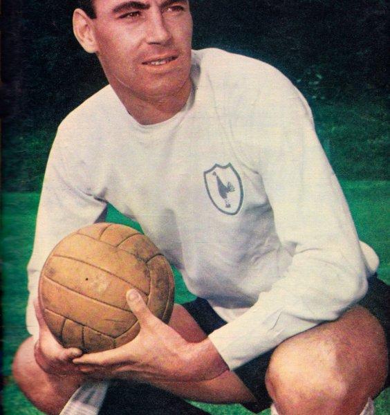 Скончался известный британский спортсмен и легенда футбола Алан Гилзен