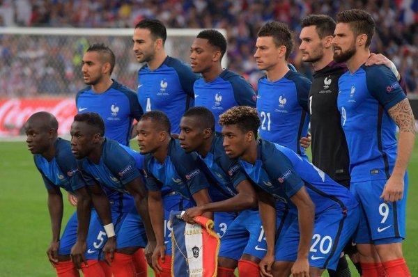 Nike уже выпустил футболки сборной Франции с двумя звездами